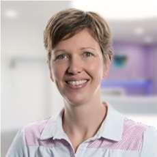 Dr. Antje Jerecinski, <br>Dentist